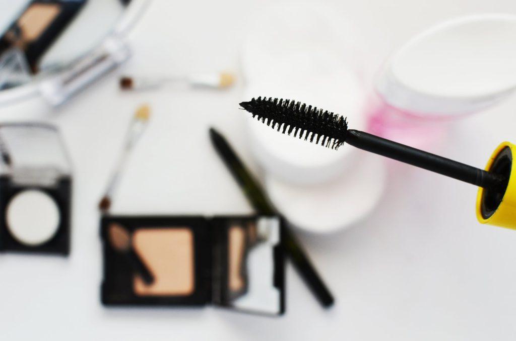 Free Makeup and Mascara trio for your birthday - BestRewardsPrograms.com